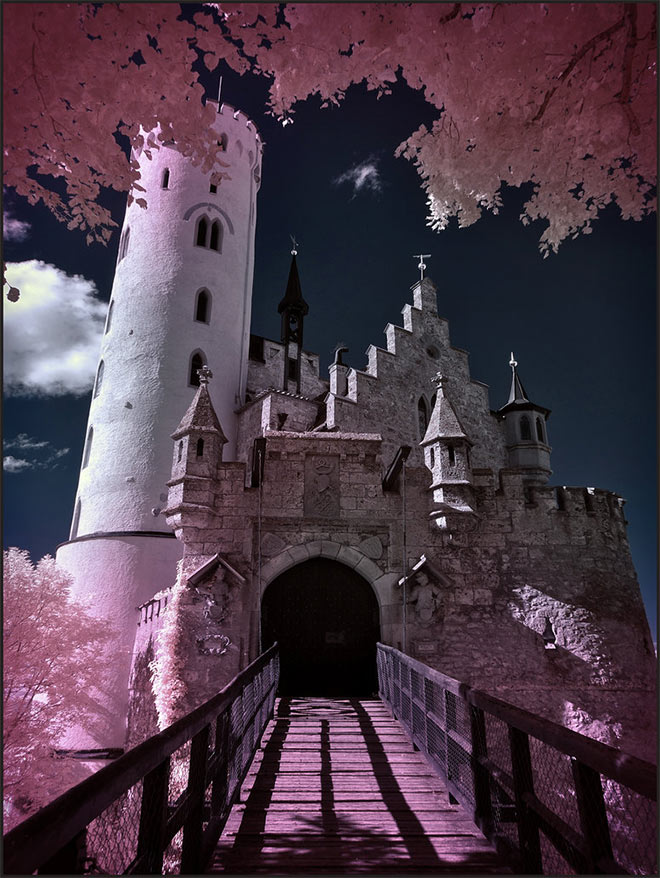 Drawbridge Castle Lichenstein by Michi Lauke