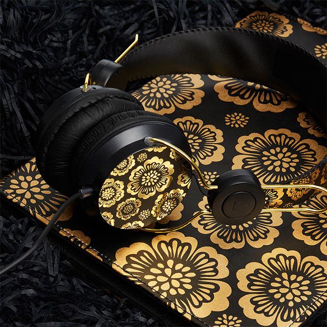 Black & Gold Foil by Simone Radway
